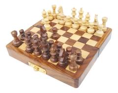 Schachspiel in der Faltbox